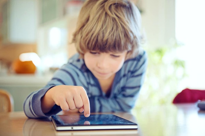 The impact of digital learning and virtual teaching on education
